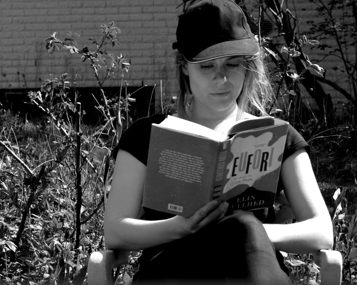 Ulrika Nettelblad läser Eufori av Elin Cullhed.