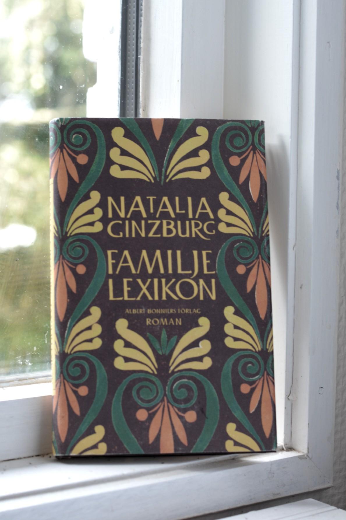 Familjelexikon av Natalia Ginzburg